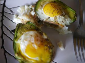 Old Breakfast In a New Way: Eggs in Avocado Boats